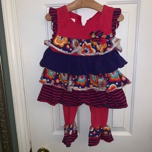 Super adorable outfit with ruffles